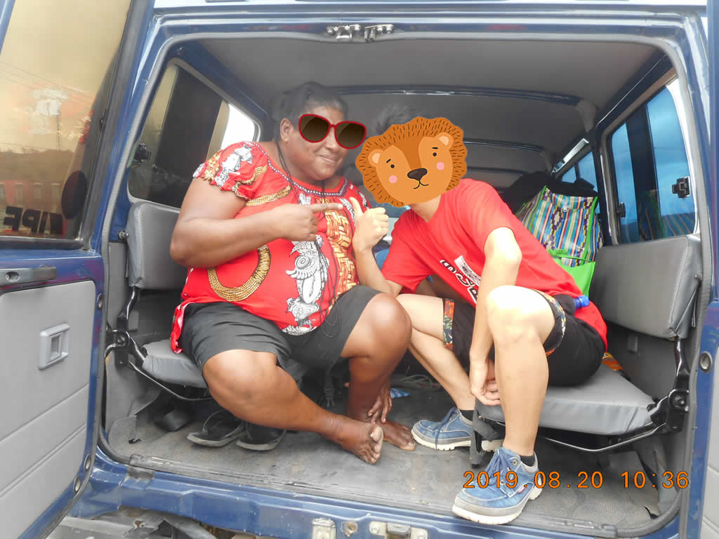 パプアニューギニア3日目:親戚のおばさんも
